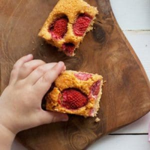 Healthy Strawberry Blondies