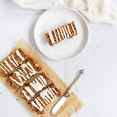 Healthy Carrot Cake Breakfast Bars